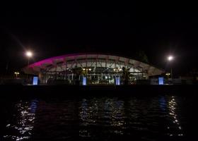 Pavilionul de pe lac