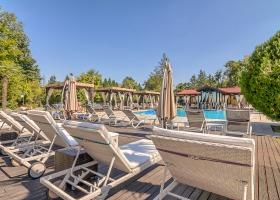 Piscina-Bar Snagov Club, oaza ta de relaxare
